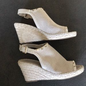 Cute Marc Fisher Wedges!!